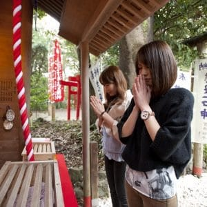 "A shrine that grants only 1 wish for women! We call it ""Ishigami-san"" in Toba city, Mie Prefecture."